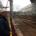 Mathias Stein mit Helm in einer Werft, neben ihm eine weitere Person mit Helm § Foto: Jannick Schultz